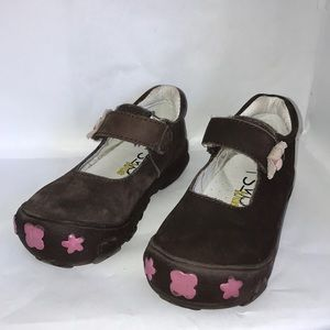 RSVP Kids brown shoes worn once!  Size 7.5 WIDE
